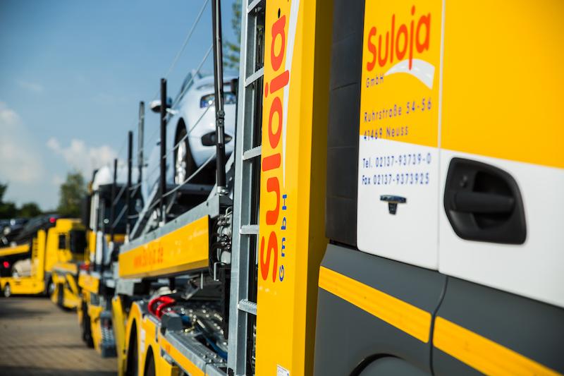 Suloja Autotransporte Seitenansicht LKW