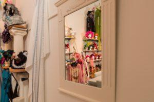 Kreativ-Werkstatt - Blick durch den Spiegel